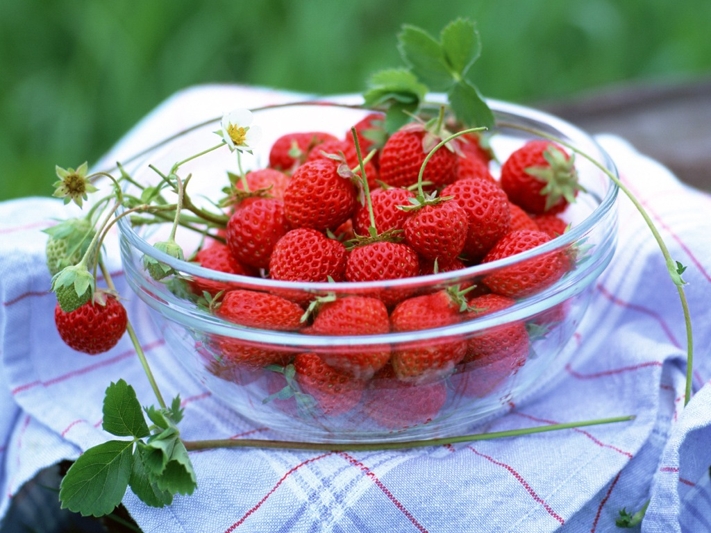 新鲜美味草莓